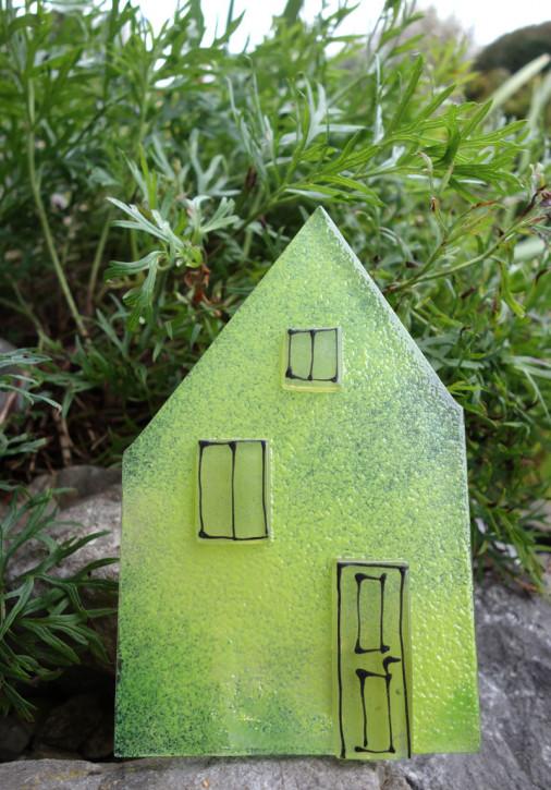 Teelicht Haus grün  ca 18x10cm